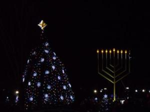 tree and menorah